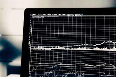 Op 15-04-21 organiseert Bladendokter de digitale training: Data op de redactie. Over analyse, KPI's, het succes van content en een data gedreven werkproces voor redacties en content marketing.